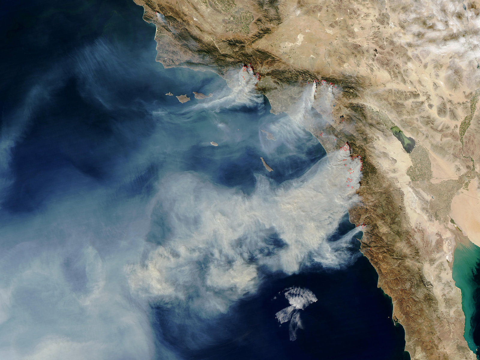 Ten wildfires burn over 200,000 acres in Southern California, Oct 2003 - MODIS image, NASA