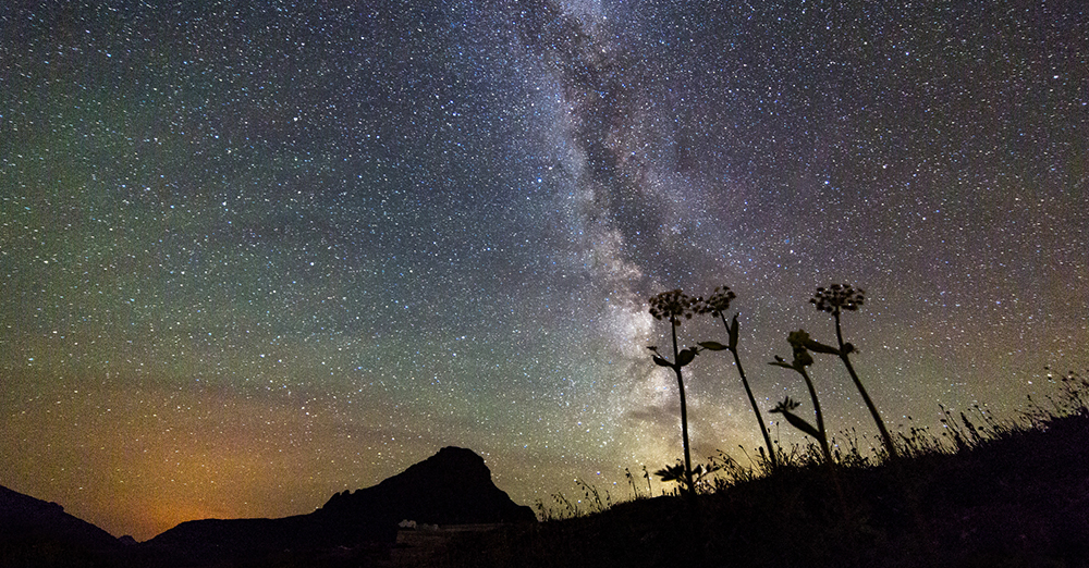Milky Way over Logan Pass in Glacier National Park - NPS, Jacob W. Frank