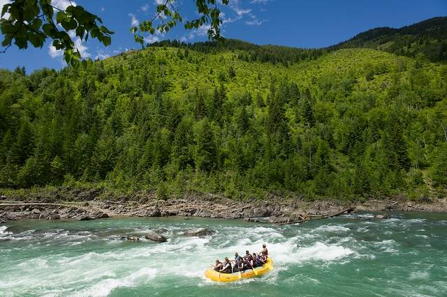 Rafters head down the Middle Fork Flathead River
